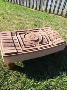 Step2 Sand & Water table with lid