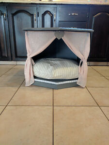 Pet Bed/Side Table