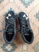 Men's Under Armour baseball cleats size 13