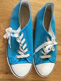 NEW LOOK 'all star style' pumps size 8 NEW