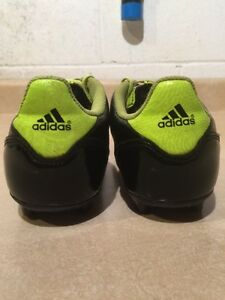 Kids Adidas F50 Outdoor Soccer Cleats Size 5 London Ontario image 6