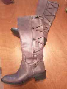 BCBG leather boots size 9