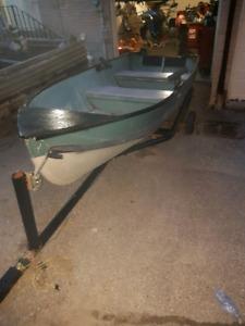 14ft aluminum boat  $500   No trailer!