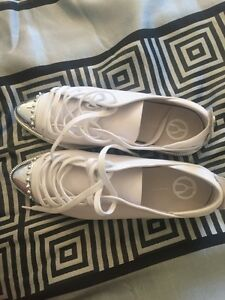 WHITE The WISHBONE Collection shoe for sale