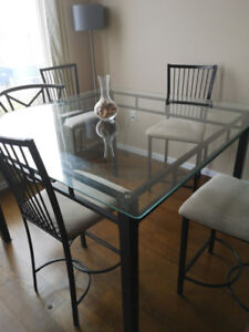 Bar high dining room table with 4 chairs