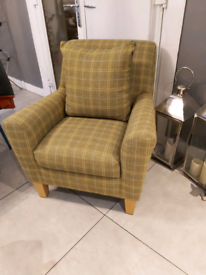 TWEED SYLE CHAIR