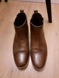 Timberland boots size UK 8.5