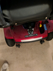 Quantum 2 electric wheelchair 8 months old
