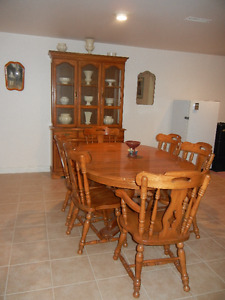 Oak Dining Room Set, with Buffet & Hutch