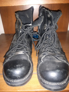 Harley-Davidson black leather boots