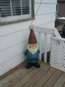 Missing Gnome in Kindersley