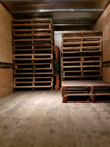 48x40 used pallets (good conditions)