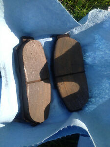 Acura GSR front brake pads oem set, like new, low kms