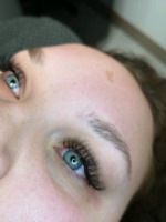 Eyelash Extensions / Brow Henna!