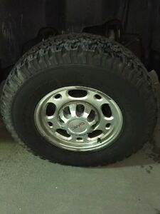 Basically brand new tires on good shape rims!