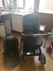 Silver Cross Pioneer Pram with Toddler Seat and Accessories