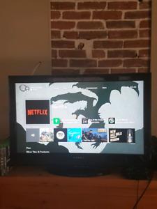 """32"""" Dynex TV"""
