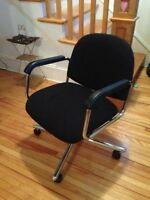 Selling a computer chair