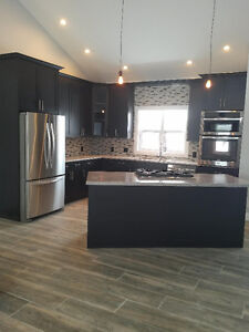 Solid CANADIAN MADE Kitchen Cabinets Cambridge Kitchener Area image 4