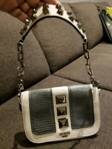 Brand New Guess Purse - Never used