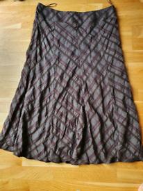 Skirt Size 14: Mark M&S (New, Not worn)