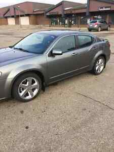 2011 Dodge Avenger SXT Includes winter tires and rims