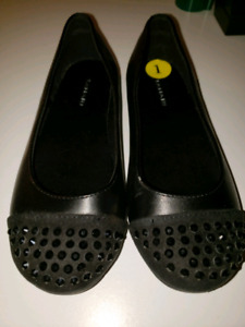 Girls Dress Shoes Sz 1