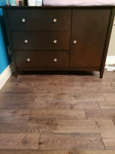 Baby crib, matress, change pad and dresser - mocha brown