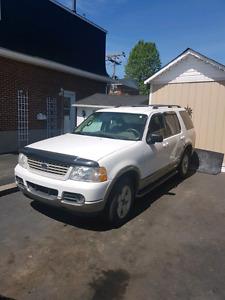 Ford Explorer 2003, tel-quel ou pour pièces