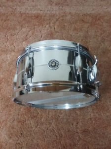 "6x12"" Gretsch Brooklyn snare. Mint condition."