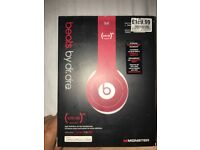 Beats Solo HD special edition red