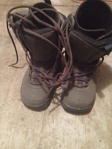 MEN'S AIRWALK SNOWBOARD BOOTS