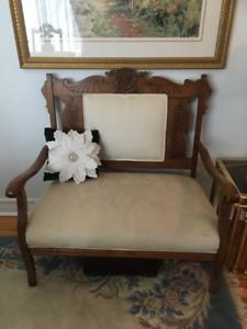 Divan et fauteuil antiques (vraies antiquités)