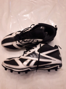 Reebok Size 14 Football Cleats