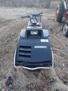 1986 377 skandic long track 2 stroke