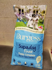 Burgess supadog puppy food 12.5kg