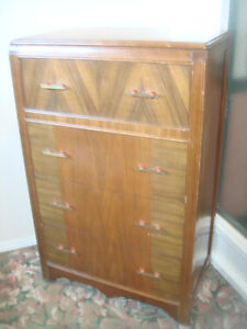 DRESSER- SOLID WOOD( ANTIQUE)