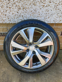 Alloy wheel peugoet