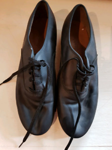 Angelo Luzio tap dance shoes