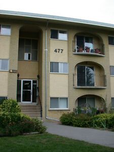 477 PARKSIDE DRIVE WATERLOO 2 BEDROOM MAY/1