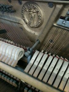 PIANO TUNER TUNING ACCORDAGE DE PIANO West Island Greater Montréal image 1