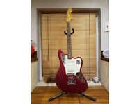 FENDER JAGUAR CLASSIC PLAYER - BARELY USED, CANDY APPLE RED, RRP £950