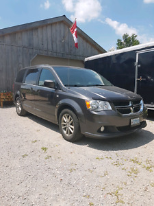 Dodge Grand Caravan Anniversary Edition