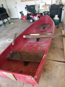 12 foot aluminum fishing row/motor boat