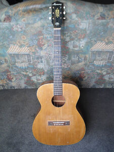 Guitare Vintage 1966 HARMONY acoustic guitar. Made in USA