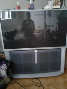 Big SONY T.V. Good working order, Must Pickup. Any Reasonable of