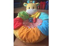 Giraffe sit me up cosy