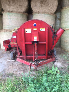 New Holland 60 Forage blower London Ontario image 1
