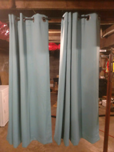 Curtain and rod, 5' length x 8'