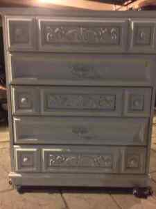 Vintage dresser, chest of drawers London Ontario image 5